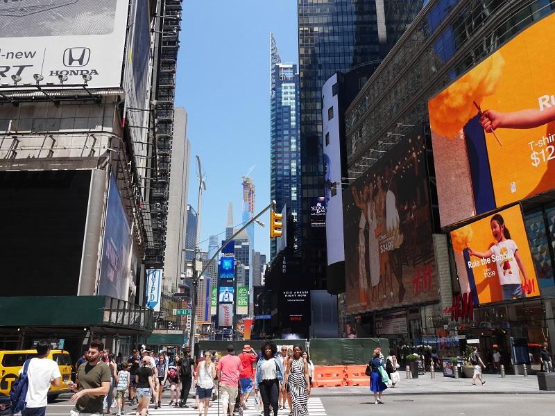 ニューヨークだより 第56回: Moxy Hotel Times Square