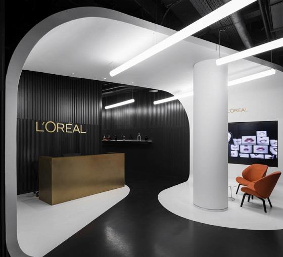 洗練された美しさ・・化粧品会社のオフィス